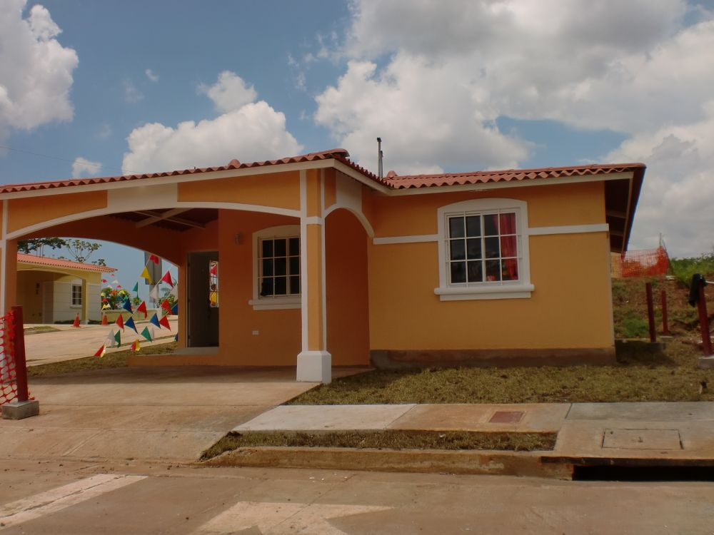 Nuevas casas en complejo residencial cerrado en arraij n a muy buen precio una oportunidad que - Casas nuevas en terrassa ...