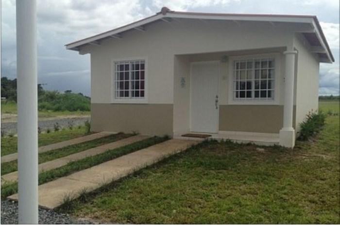 Casas en cocl bien distribuidas y ubicadas for Alquiler casa en umbrete sevilla