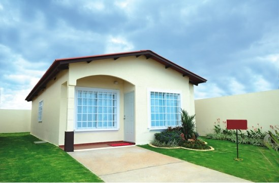 Lindas y hermosas casas nuevas en venta en tocumen for Proyectos casas nueva